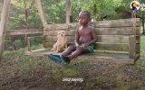 Köpek Korkusunu Sevimli Dostu ile Yenen Ufaklık