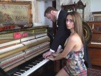 Bir Piyano İki Piyanist Müthiş Performans