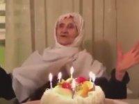 İlk Defa Doğum Günü Kutlanan Nine
