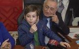 10 Yaşında Felsefe Muhabbeti Yapan Atakan'ın Basın Toplantısı