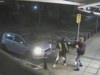 Hırsızın Soymak İstediği Yaşlı Adamla Garip Dövüşü