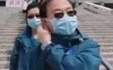 Çinli Doktorların Maske Çıkartması