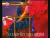 Hande Ataizi - Gece Mucuğu (2002)