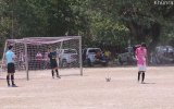 Kendi Şutuyla Sersemleyen Futbolcu