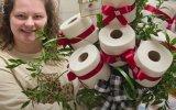 Tuvalet Kağıdı Buketi ile Kadınları Mutlu Etmek