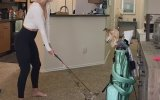 Golf Oynamaya Evinde Devam Eden Paige Spiranac