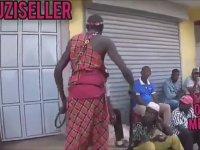 Kenya'da Sosyal Mesafeye Uymayanlar