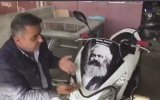 Oğluna Motosiklet Alan Adamın Karl Marx İsyanı
