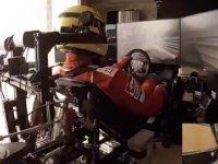 Odasını Formula 1 Pistine Çeviren Eleman