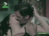 Azrail Peşimizde - İrfan Atasoy & Eva Bender (1971 - 74 Dk)