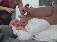 Uyuyan Kocaya Sivrisinekli Yumurta Şakası
