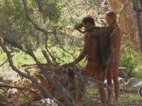 Anadan Üryan Yarışmak - Naked and Afraid