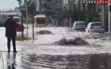 Bursa'da Sel Sularına Kapılan Kadın