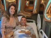 Muslera'ya Hastane Odasında Sürpriz Doğum Günü