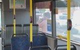 Belediye Otobüsünün Kapısını Camını İndiren Adam