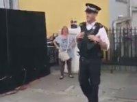 Dansıyla Festivale Damga Vuran Polis