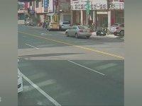 Dünyanın En Zarif Kazasını Yapan Taksici