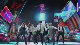BTS - Dynamite (Canlı Performans)