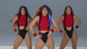 Black Eyed Peas - Girl Like Me (Feat. Shakira)