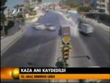 kaza anı kameralar ile kaydedildi.
