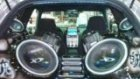 süper araba sarkısı ve bass görüntüsü