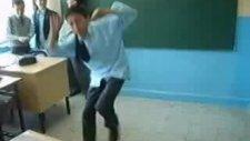 Sınıfta Çılgın Kopuş:)