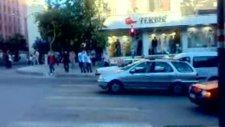 K.maraş Trafiğindeki Acemi Şoför :)