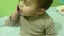 2 yaşındaki çocuk ambulans çağırıyor :))