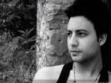 Mehmet Karaca - Sahte  Mükemmel Bir Şarkı