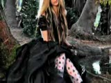 Avril Lavigne - Alice In Wonderland
