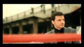 Sinan Özen - Çok Ama Çok Seviyorum Yenı Klıp 2010