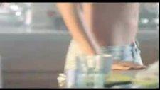 Bengü - Gelen Seni Soruyor - Orijinal Klip 2010