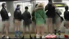 Metroda Çıplak Eylem Şok Etti!