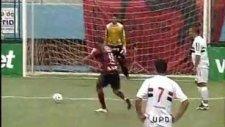 artist futbolcu penaltıyı böyle kaçırdı :))