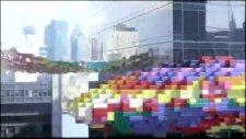 Pixel'ler  Manhattan'ı Ele Geçirdi. !!