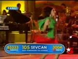 Popstar Sevcan Süper Frikik