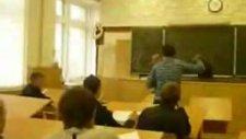 Öğrenciden Öğretmene Tokat