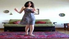 Azeri Kızın Kafkas Dansı