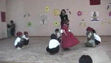 Pamuk Prenses Ve Yedi Cüceler Oyunu