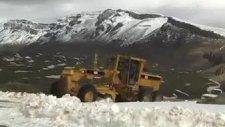 bitlis'te kar kalınlığı 2 metreyi aşıyor