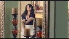 Selena Gomez -Tell Me Something