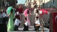 23 Nisan Üsküdar Gösterisi