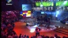 Dünyaca Ünlü Grease Müzikali Disko Kralı'nda!canlı