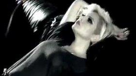 Fulden Uras - Ayrılık Budalası Yeni Klip 2010