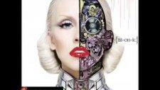Christina Aguilera Ft. Nicki Minaj - Woohoo