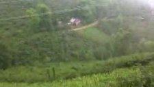 Esenli Köyü Yağmurlu Bir Gün