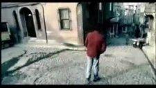 Murat Göğebakan - Ay Yüzlüm (Klip)