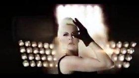 Pamela - Benim Farkım Yeni Klip 2010