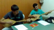 Kuruoğlu Müzik Evi Öğrencileri Bağlama Çalışması