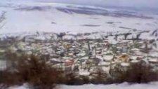 Üç Kaya Köyü